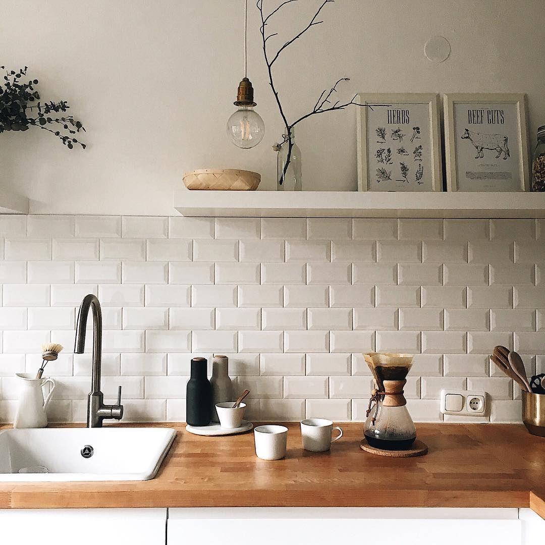 Pin Von Sophia Auf Haus Fliesen Kuche Wand Kuchenfliesen Kuchenstil