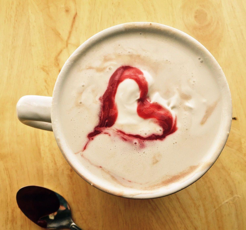 Raspberry White Hot Chocolate (Dairyfree, Vegan) Vegan