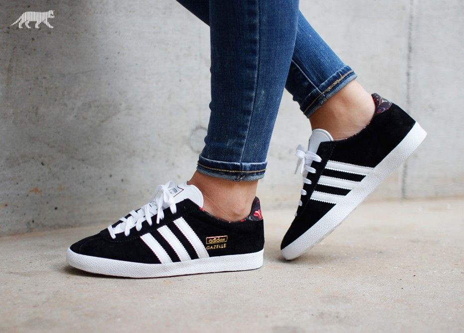 huge discount 1fc8e f3553 adidas Gazelle OG W (Core Black  FTWR White  Gold Metallic)