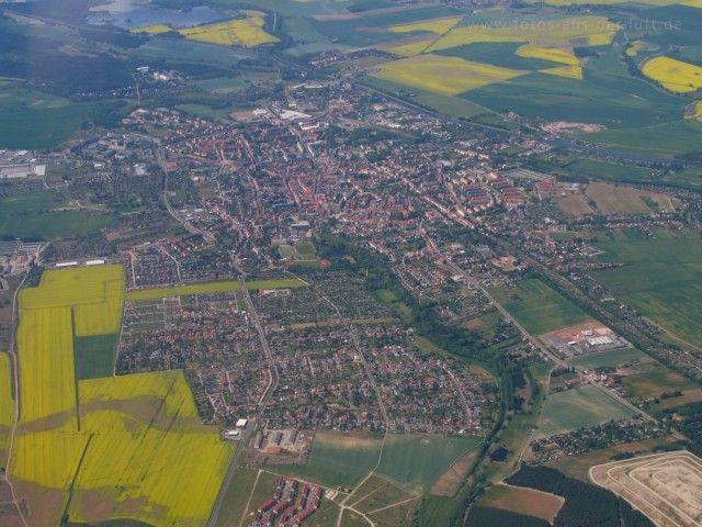 Burg_bei_Magdeburg (640×480)