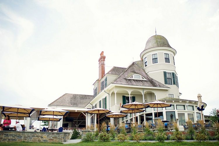 Castle Hill Inn - Exterior