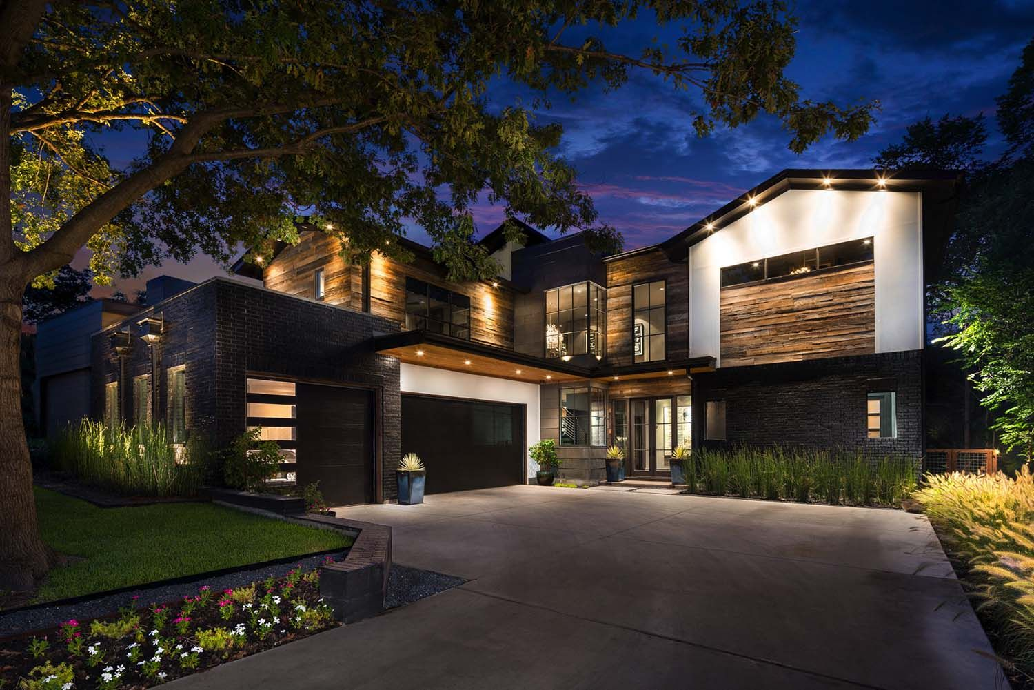 Urban Contemporary Home With An Twist In Dallas