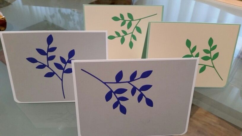 Blank note cards with Loralei leaf die cut by poppy stamps.