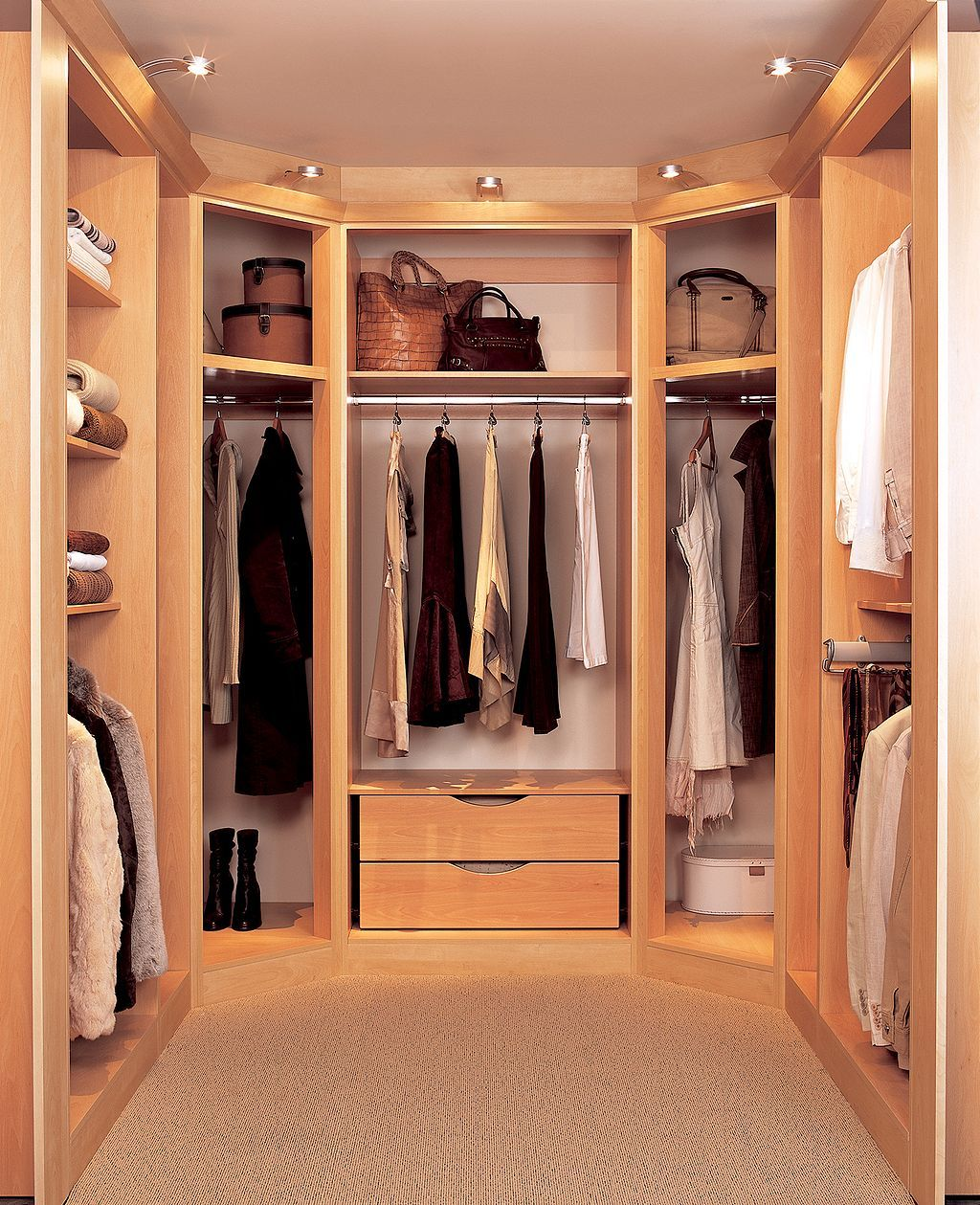 Awesome 40 Clever Modern Bedroom Storage Ideas Https Kidmagz Com 40 Clever Modern Bedroom Storag Home Depot Closet Organizer Home Depot Closet Closet Layout