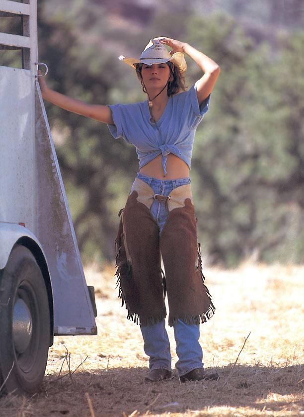 Shania Twain.....beautiful cowgirl! ! !