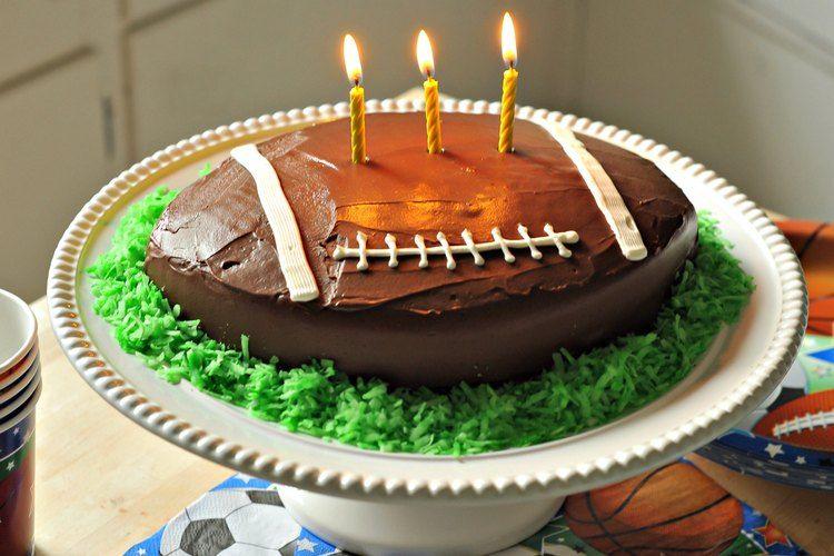 How to Make a Football Shaped Cake #footballfood