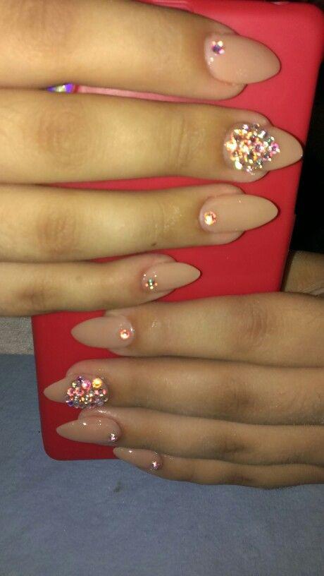 Uñas Nude Con Piedras Diseños Hermosos De Uñas Nails Nail Art Y