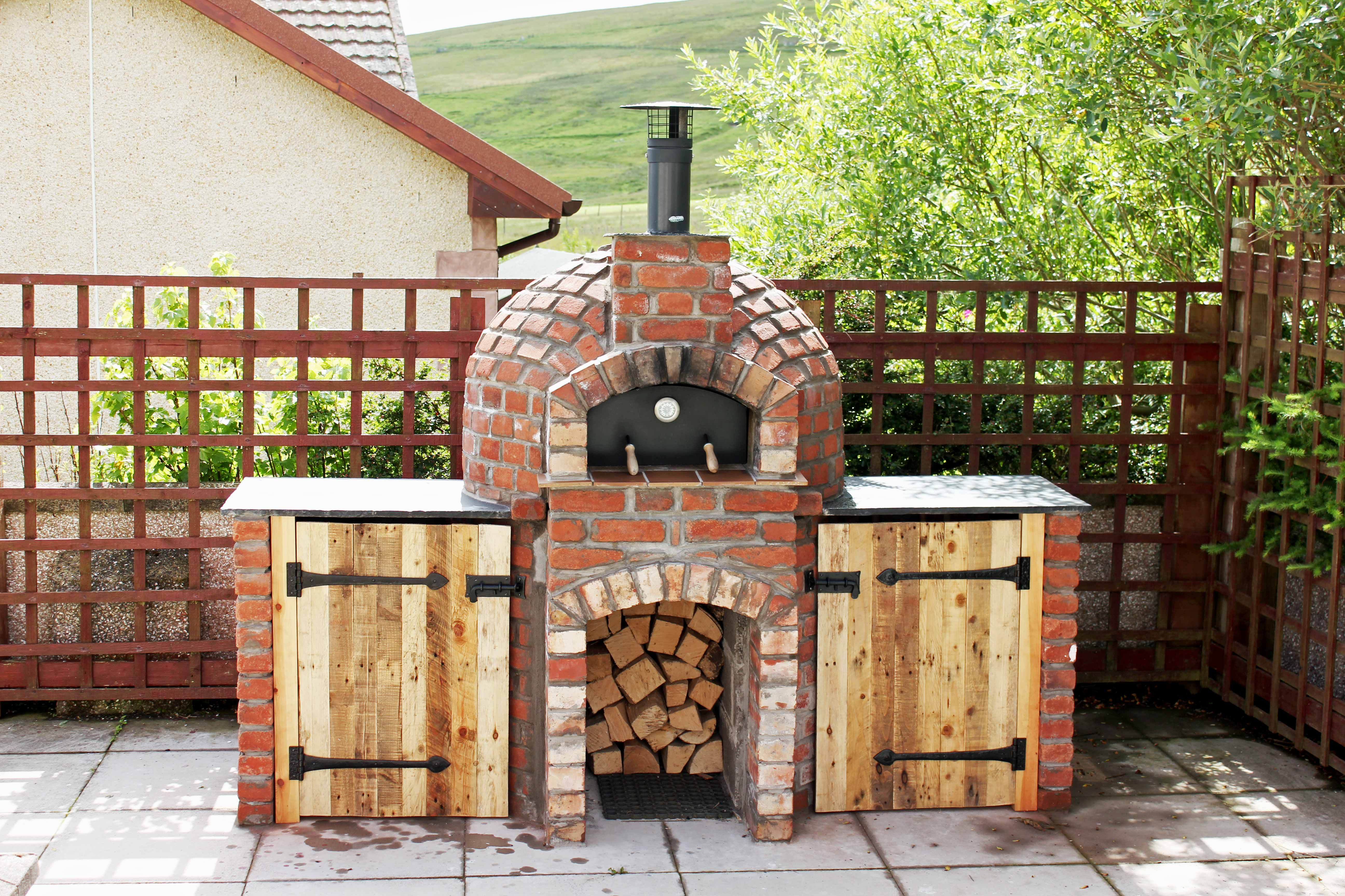 Milano 750 Roundbase Pizza Oven Kit With Serving Sides Pizza Oven Kits Pizza Oven Garden Pizza