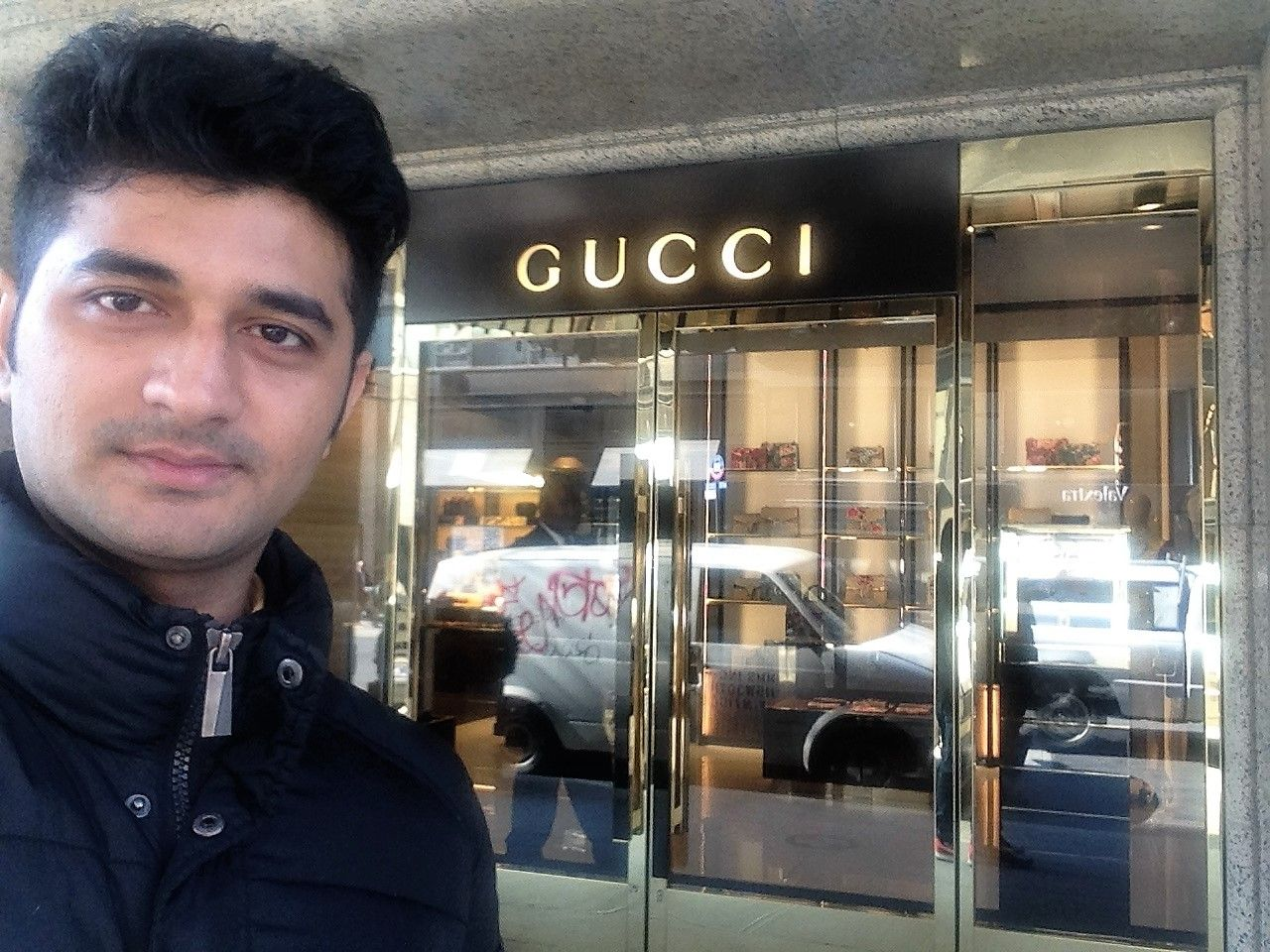 Gucci, 725 5th Avenue Store, New York Part 1 AntiLaw 8