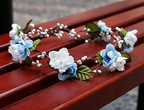 ec399a72c72 Want to know how to make a flower crown  If you re looking for some DIY  hair accessories to try this summer these flower headbands are a great  craft project ...