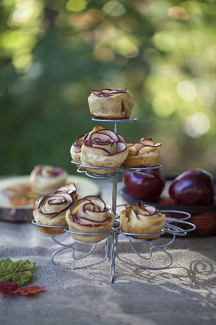 Sweet Apple Rose Pastry. Easy recipe using pastry sheets and sliced apples. Easy to make, gorgeous to display.