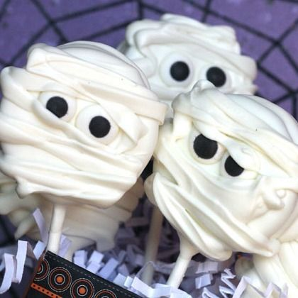 15 Spooktacular Halloween Treats