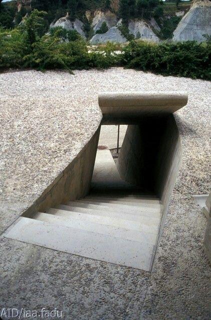 Pin De Emmanuel Frances En Escaliers Casas En Pendiente