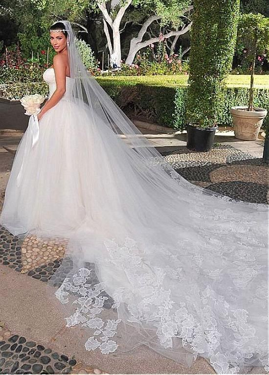 9569f4289d2b 187.79] Gorgeous Lace & Tulle Strapless Neckline Ball Gown Wedding ...