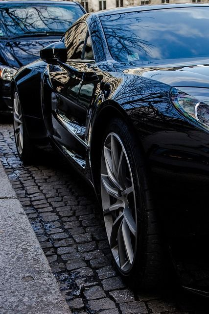 Side by Benoit cars on Flickr.