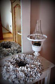 my shabby white home: Veniec z papierových obalov na vajíčka