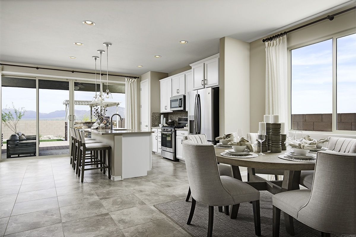 Abundant Natural Light Pearl Model Home Kitchen And Nook Tucson Arizona Richmond American Homes Home Richmond American Homes Richmond Homes