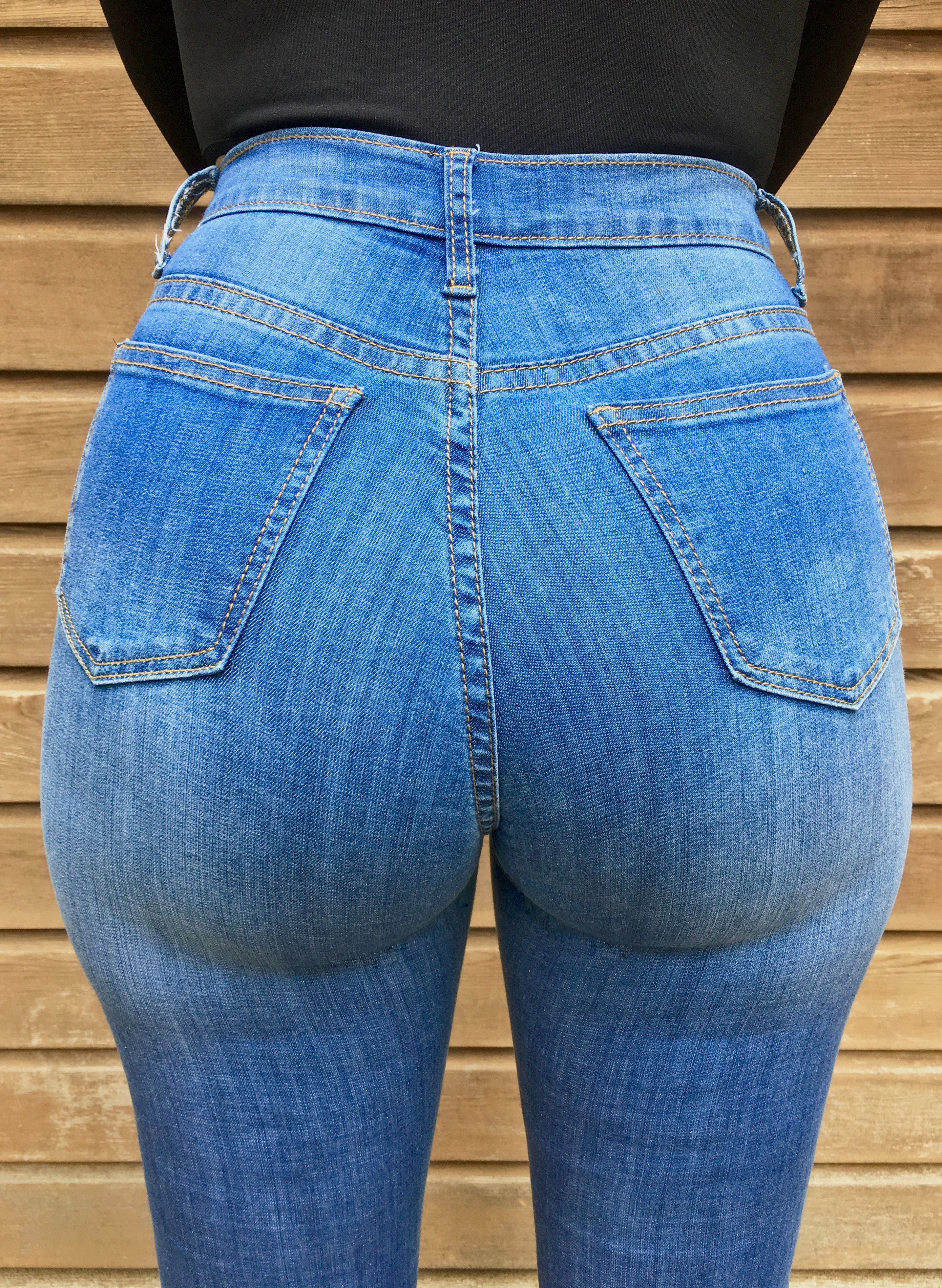 Curious.. chubby hot ass in tit blue jeans sorry, not