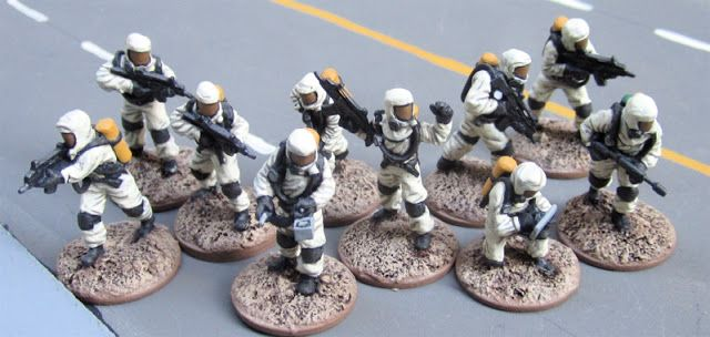 Tim's Miniature Wargaming Blog: 28mm Modern Supers and Civilians