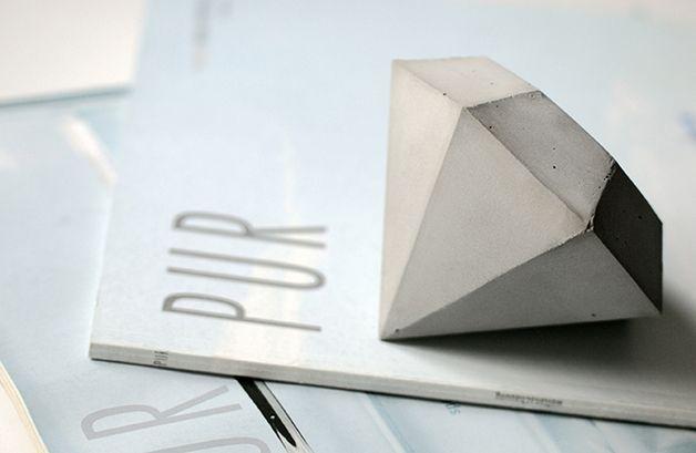 Ein Diamant Aus Beton Deko Objekt Briefbeschwerer Turstopper