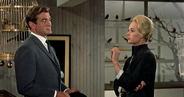 Questa sera su IRIS va in onda il capolavoro di Alfred Hitchcock, Gli Uccelli che ha ispirato milioni di cineasti e registi (tra cui me) per il modo così originale e rivoluzionario di esplorare una...