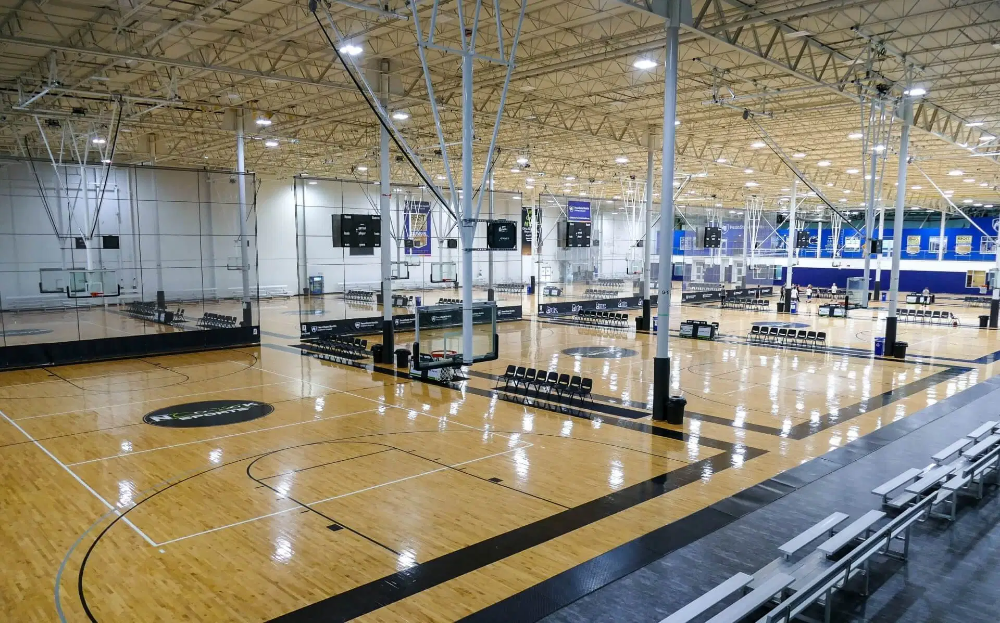 Learn More About The Largest Indoor Sports Complex In North America Playeasy In 2020 Sports Complex Indoor Sports Spooky Nook Sports