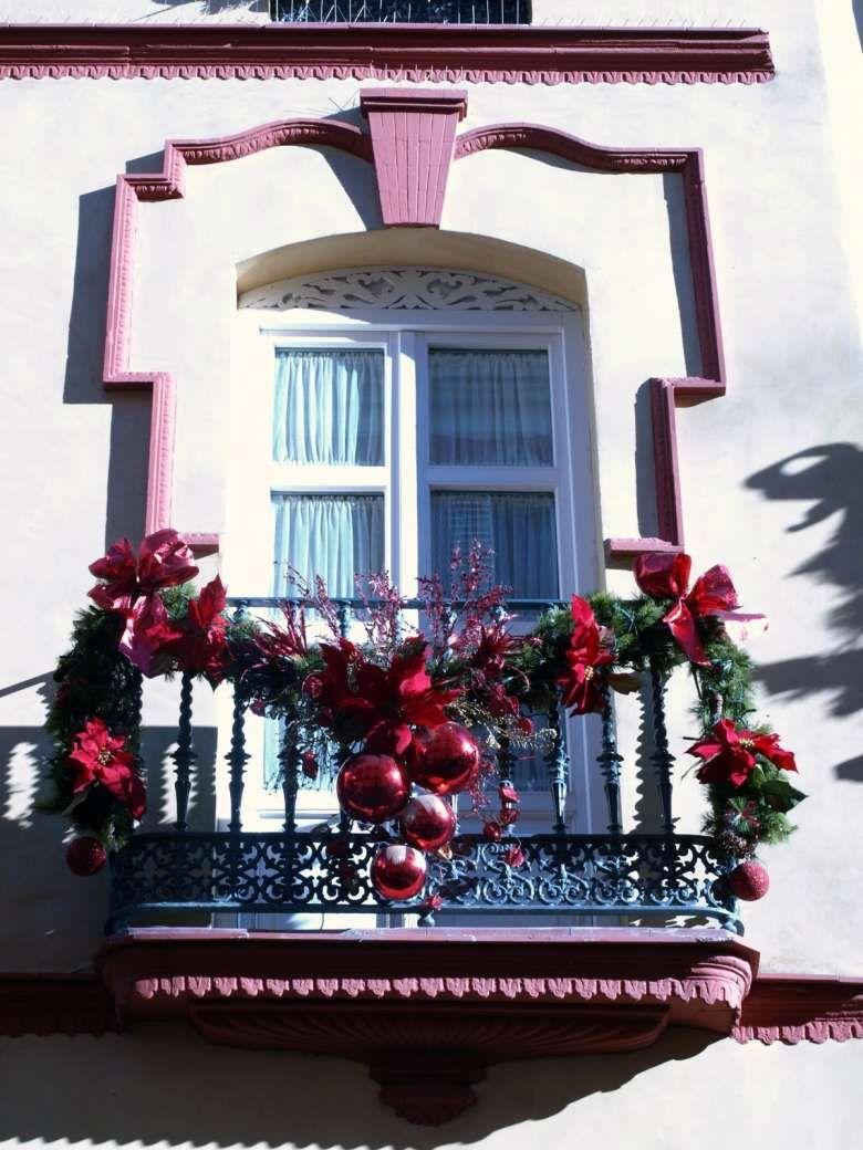 Addobbi Natalizi Balconi.Balcone Natalizio Decorazione Festa Decorazioni Natalizie Decorazioni Di Natale Fai Da Te
