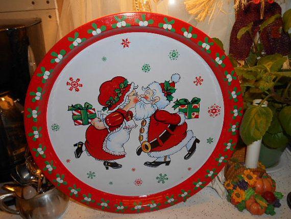 Vintage Round Metal Christmas Serving Tray Santa by Midwestgirl