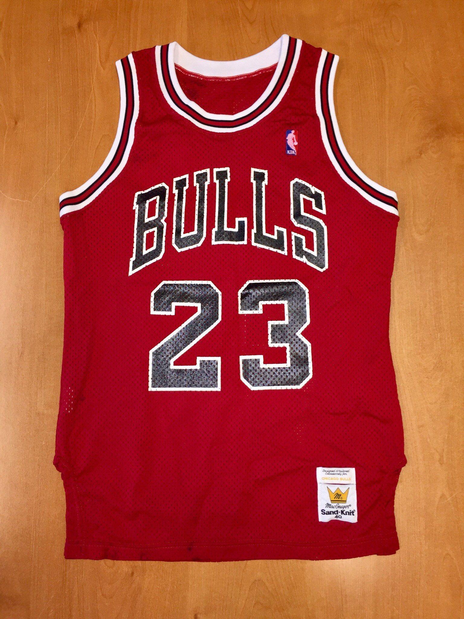 Vintage 1980s Michael Jordan Chicago Bulls Authentic Sand Knit Jersey Size 40 Nba Finals Shirt Chicago Bulls Outfit Michael Jordan Chicago Bulls Michael Jordan