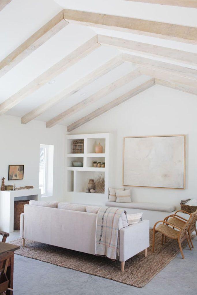 Una Moderna Casa Rustica En Blanco Total Madera Y Con Mucho