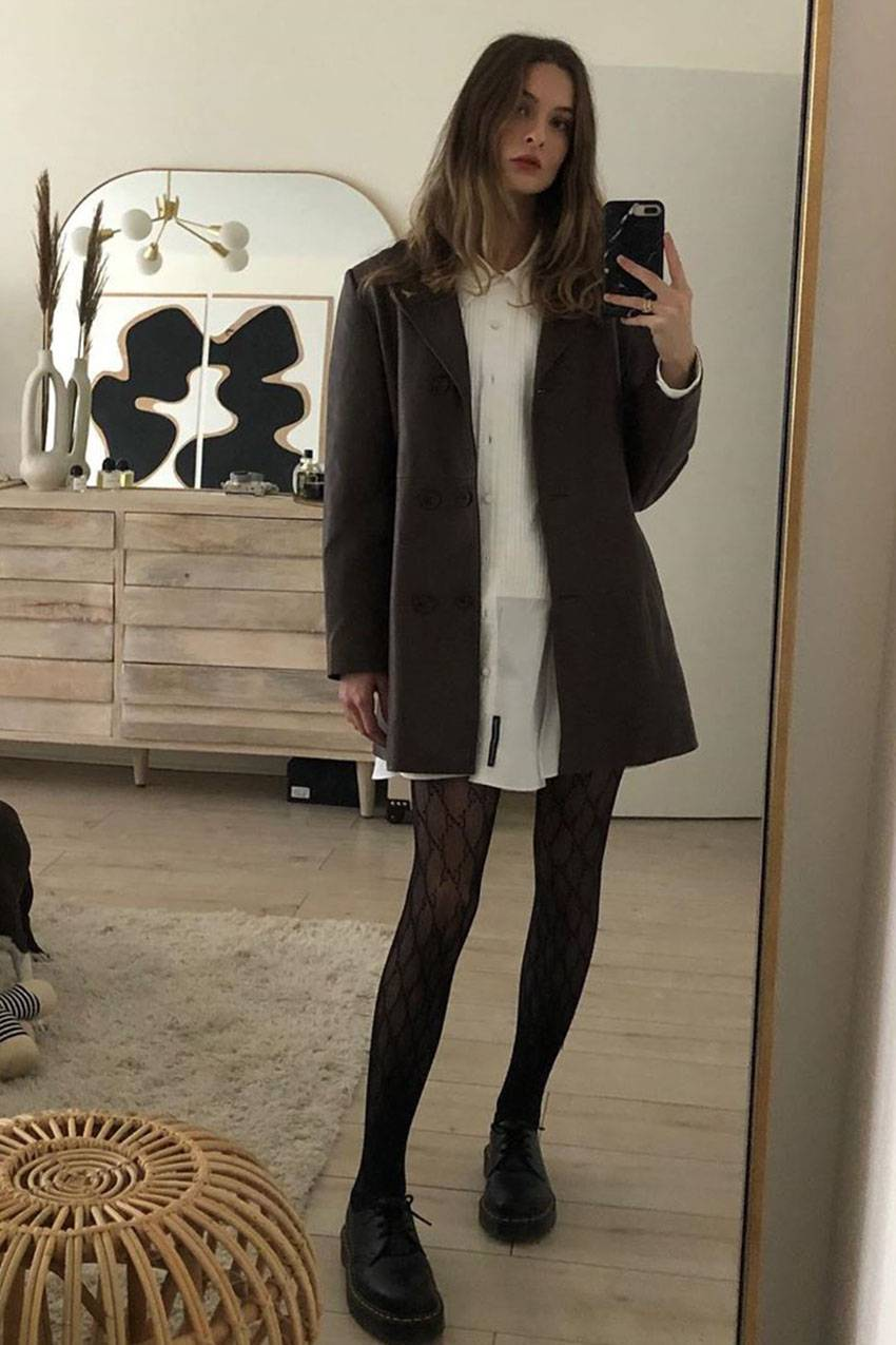 How To Wear Dresses With Tights Your Ultimate Guide Black Tights Outfit Sheer Black Tights Tights Outfit Fall [ 1275 x 850 Pixel ]