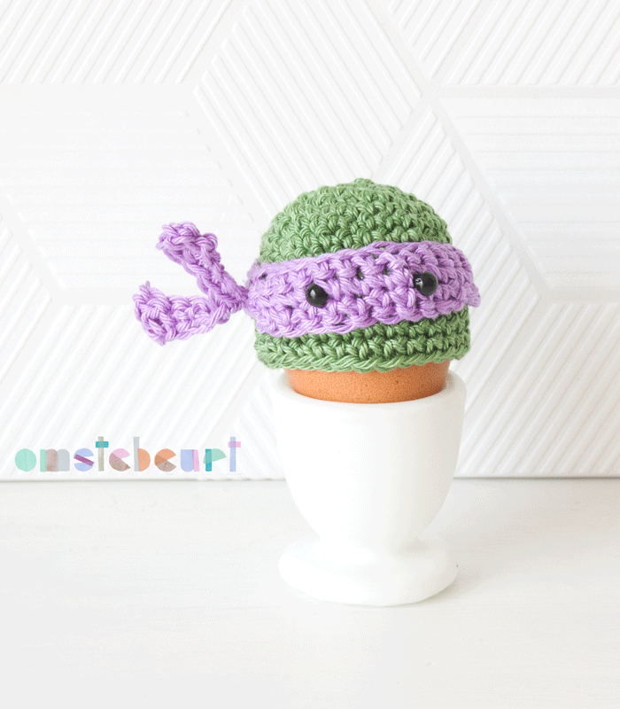 Teenage Mutant Ninja Turtle Egg Cozy - omstebeurt #crochet #easter ...