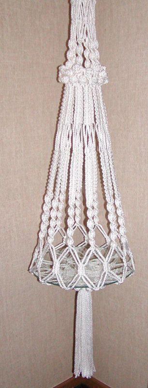 Free patterns for macrame hangers macrame plant hangers for Nudos para colgantes