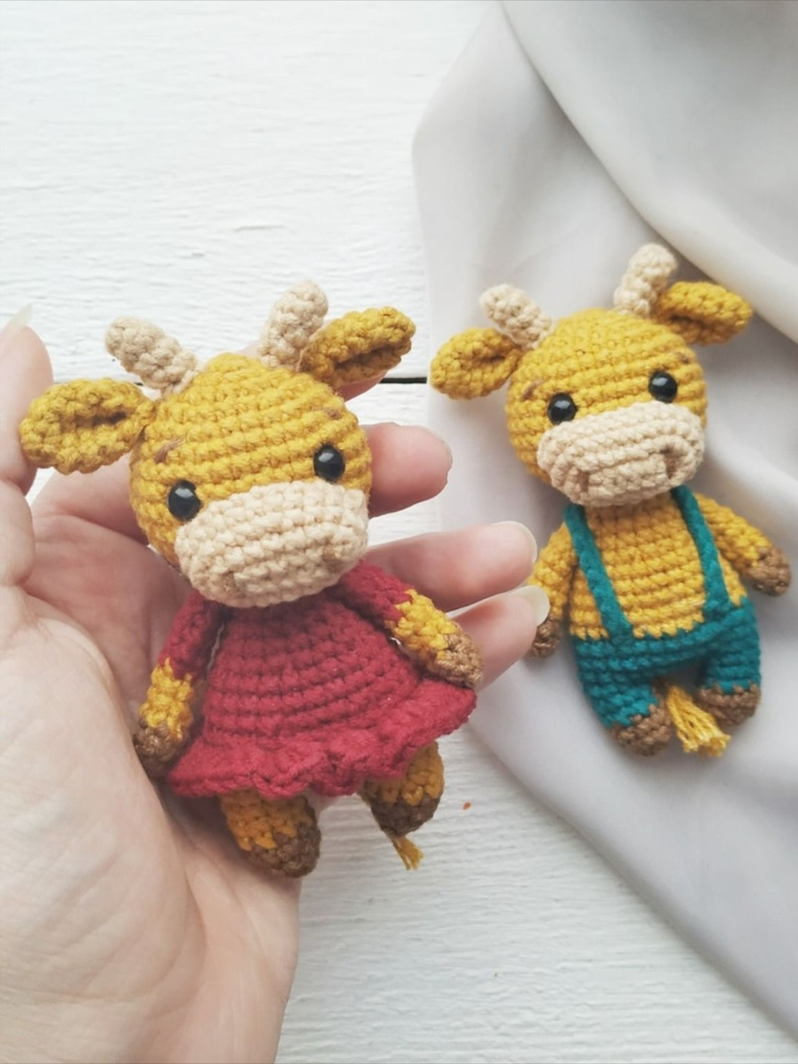 FREE crochet bull and cow pattern
