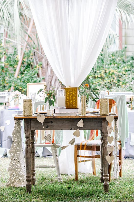 Vintage sweetheart table ideas. Captured By: Dear Wesleyann #weddingchicks http://www.weddingchicks.com/2014/06/19/colorful-florida-panhandle-wedding/