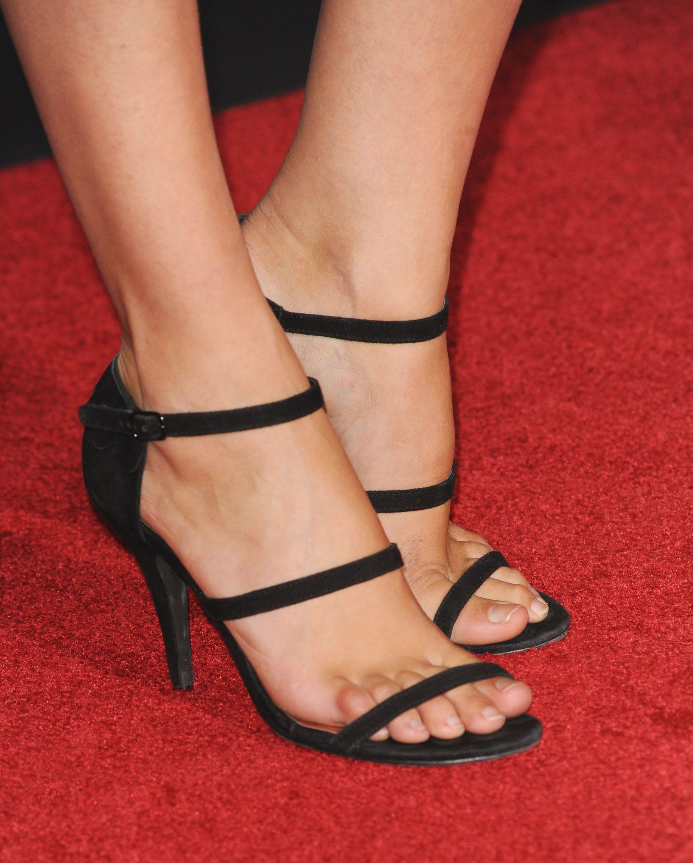 Gal gadot hot legs and feet, pron fakes