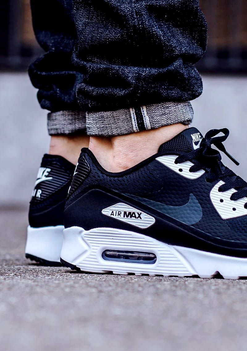 new arrival 9c15b 6f156 NIKE Air Max 90 Ultra Essential Black