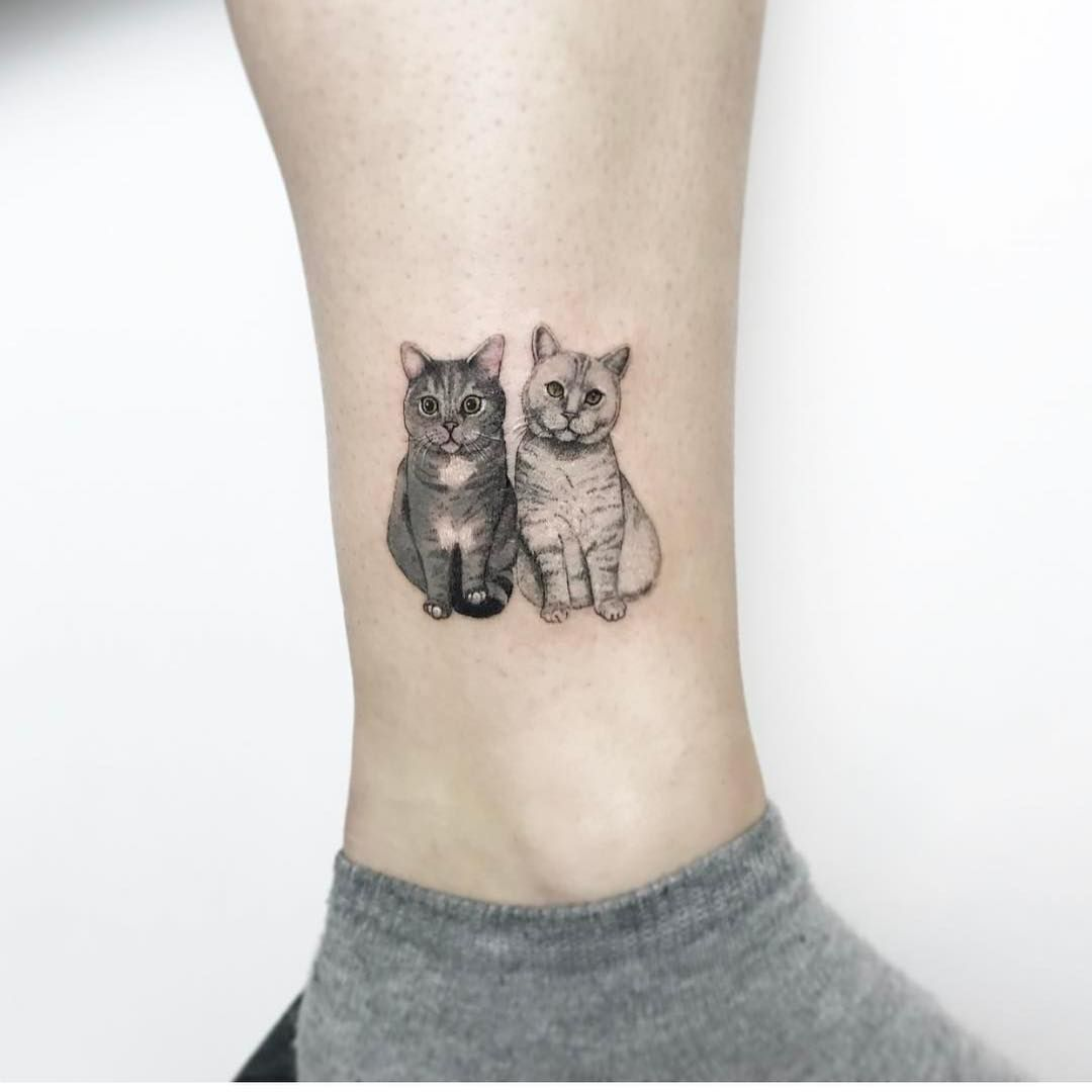 24 Beautiful Cat Tattoos To Inspire Your Next Ink Session Iheartcats Com All Cats Matter Minimalist Cat Tattoo Cute Cat Tattoo Cute Ankle Tattoos