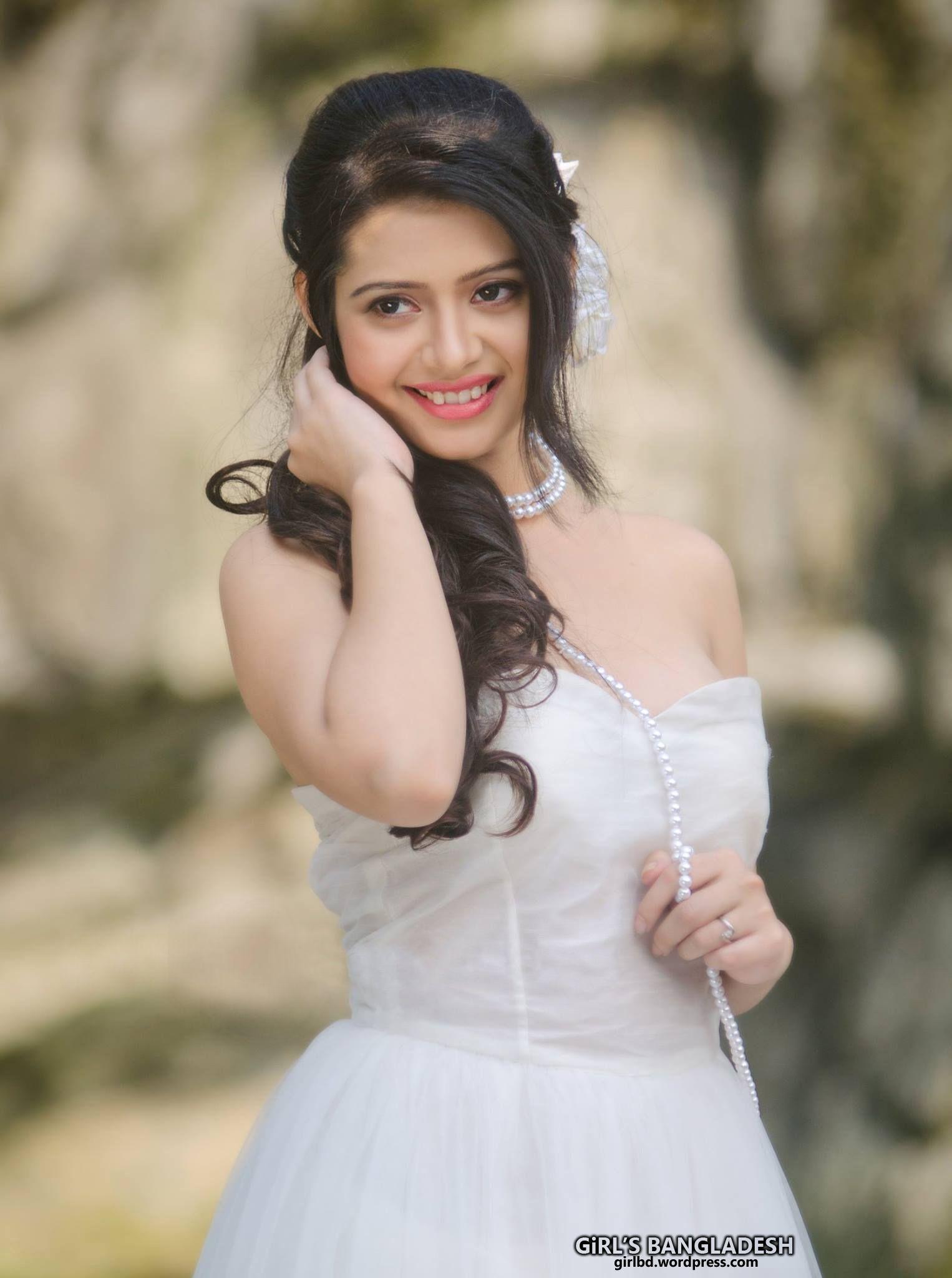 Bangladeshi sexy model picture