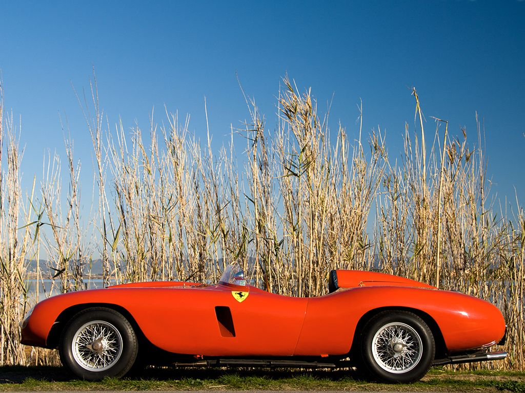 Ferrari 121LM Scaglietti Spyder '1955 Maintenance/restoration of old/vintage vehicles: the material for new cogs/casters/gears/pads could be cast polyamide which I (Cast polyamide) can produce. My contact: tatjana.alic@windowslive.com