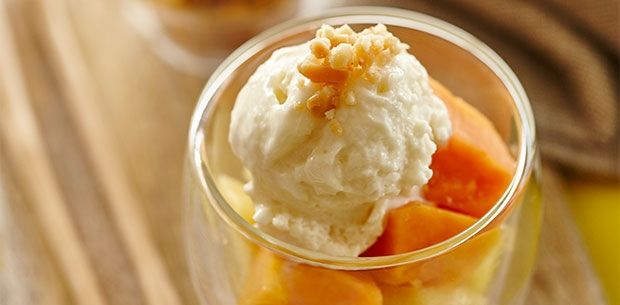 Macadamia and honey frozen yoghurt sundaes make a healthy, light and heavenly combination, perfect for a sweet brekkie or a dessert after lunch or dinner.