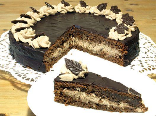 Schokoladentorte-Rezept: Super schokoladige Schokoladentorte mit Schoko-Sahnecreme