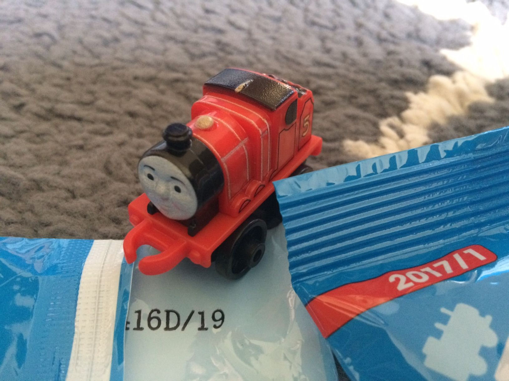 2017 Wave 1 Thomas & Friends Minis Classic James #19