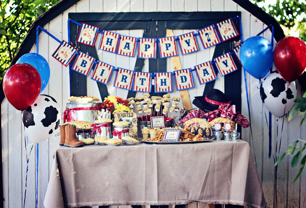 Western Theme Decorations Ideas Part - 26: 52 Cowboy Themed Boy Birthday Party Ideas - Spaceships And Laser Beams