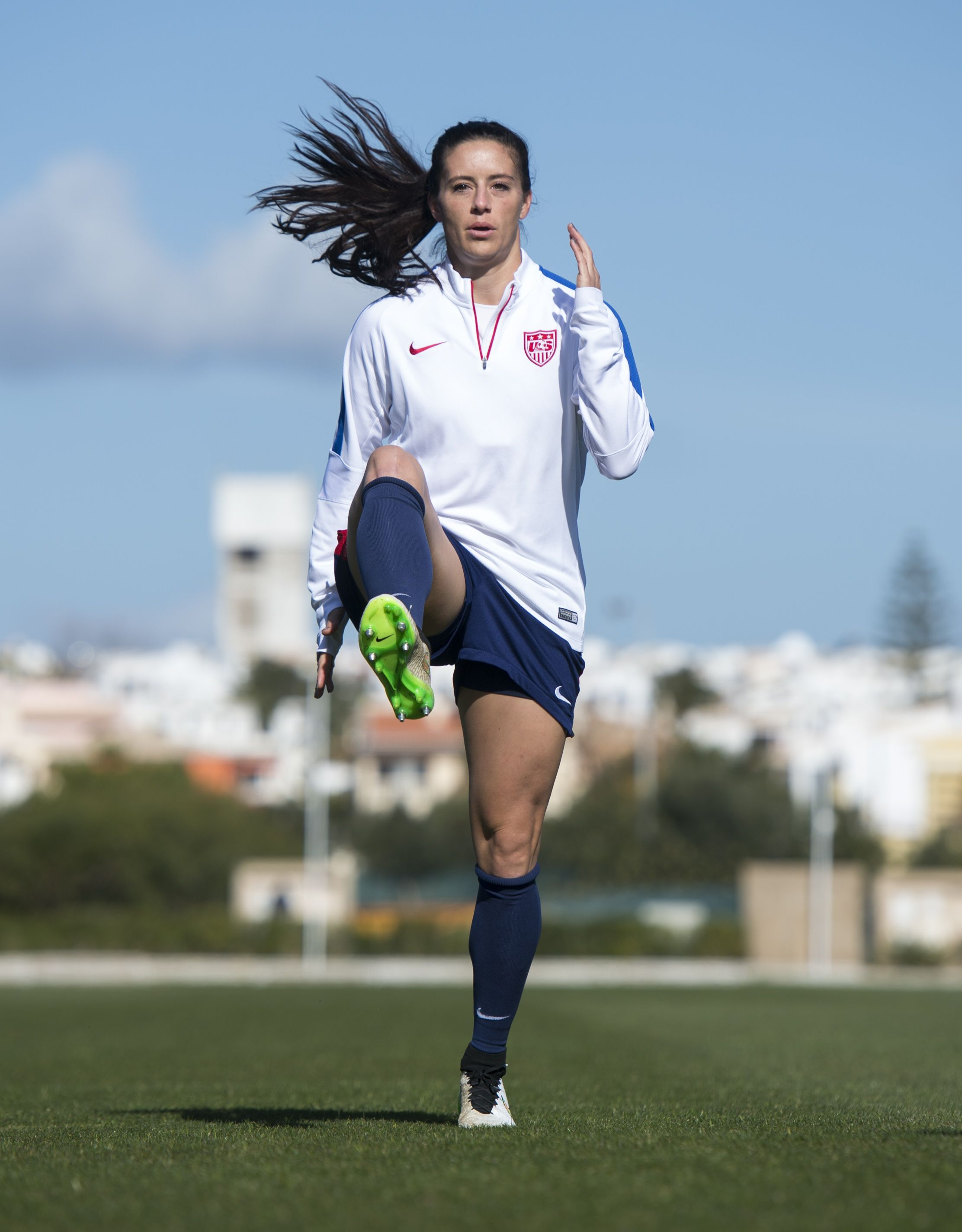 0f299e152 Photo Gallery: WNT Gets Out on the Practice Pitch | USWNT | Soccer ...