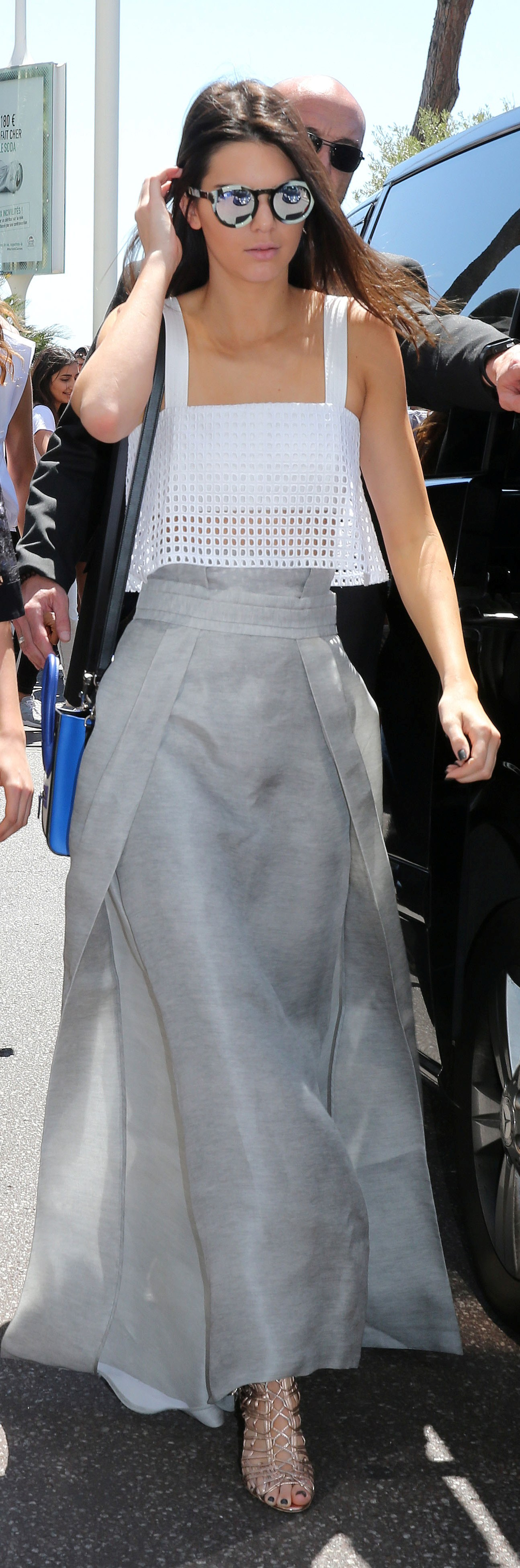 KENDALL JENNER > CANDIDS > 2015 > 05.20.15 - GRABBING LUNCH AT THE MARTINEZ BEACH CLUB IN CANNES