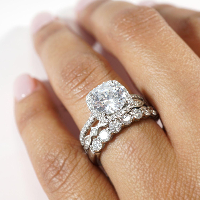 Luxury Diamond Halo Engagement Ring Set in 2020 Unique