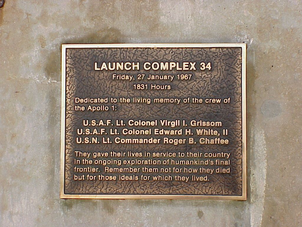 which apollo spacecraft blew up on the launchpad - photo #46