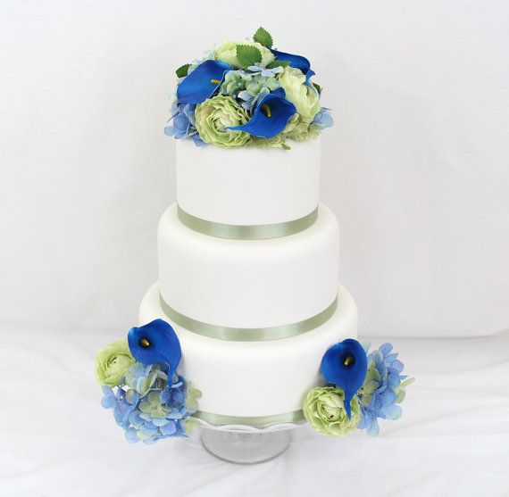 Wedding cake topper green blue hydrangea blue calla lily wedding cake topper green blue hydrangea blue calla lily green ranunculus silk junglespirit Gallery