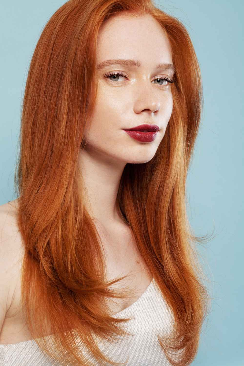 How To Style Frizzy Hair How To Transform Long Frizzy Hair Into Gorgeous Waves  Frizzy Hair